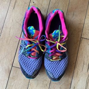 Rainbow running shoes 🌈